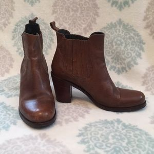 Brown Heeled Chelsea Boots - Made in Italy